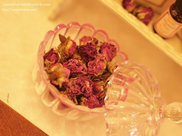テラクオーレのダマスクローズの花