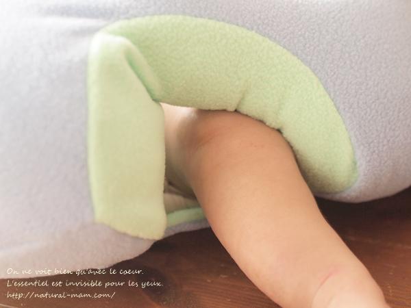 hugaboo(ハガブー)に赤ちゃんを座らせたときの足回り